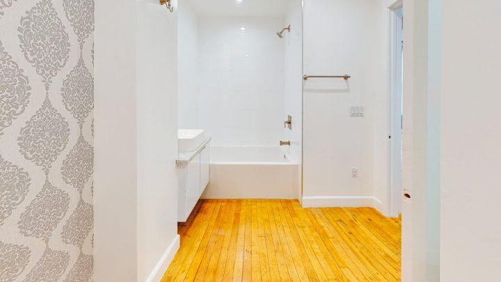 Suite-700-Studio-Bathroom