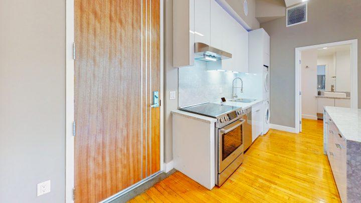 Suite-700-Studio-Kitchen