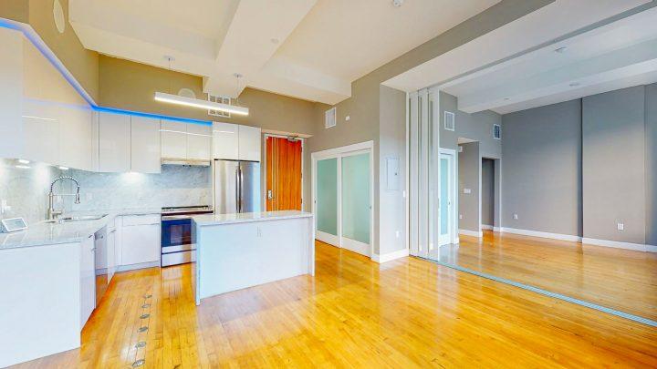 Suite-701-1-Bedroom-04302020_122108