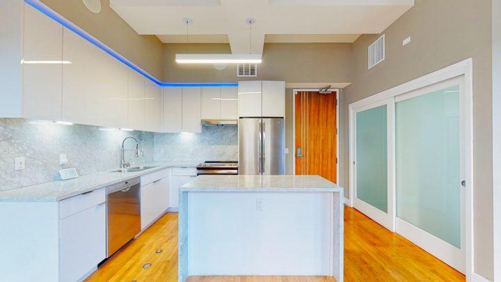 Suite-701-1-Bedroom-04302020_122214