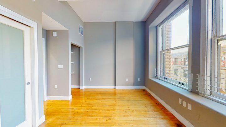 Suite-701-1-Bedroom-04302020_122502