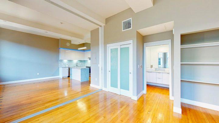 Suite-701-1-Bedroom-04302020_122534