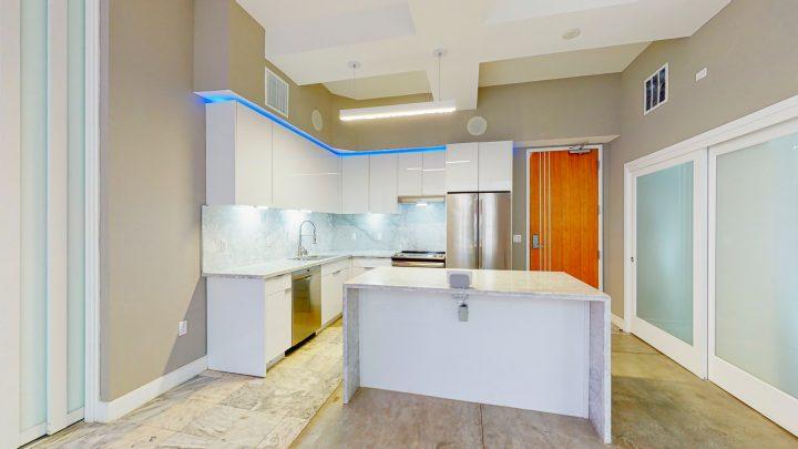 Suite-702-2-Bedroom-04302020_123704