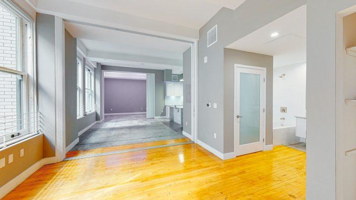 Suite-702-2-Bedroom-04302020_123909