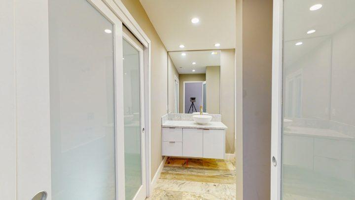 Suite-702-2-Bedroom-04302020_124136