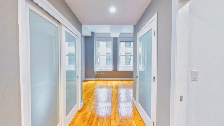 Suite-711-1-Bedroom-05022020_092657