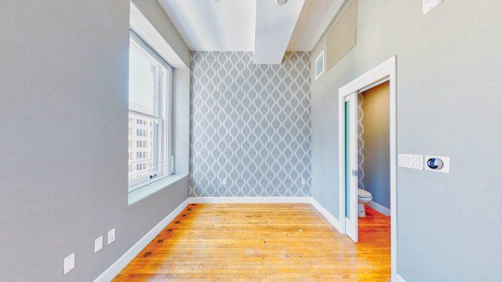 Suite-717-1-Bedroom-05012020_135754