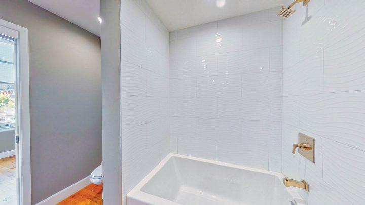 Suite-717-1-Bedroom-05012020_135959