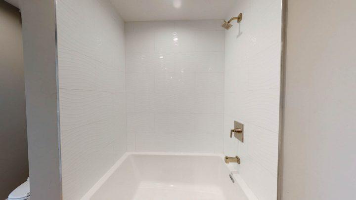 Suite-717-1-Bedroom-05012020_140024