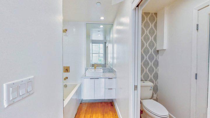 Suite-718-2-Bedroom-05012020_215306